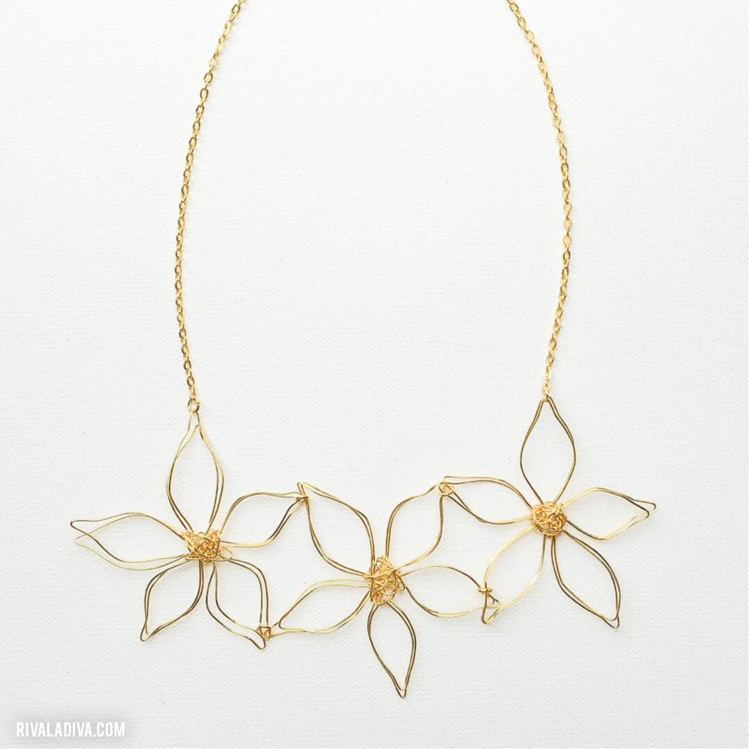 Flower Power: DIY Anthro Flower Necklace